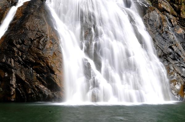 dudhsagar-falls-1